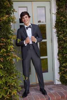 THIS PICTURE IS TOO MUCH HAYES≤<<the feeeeeellllllsssssss >_<
