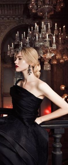 New York Millionairess Parisienne Chic, Glamour, Black Tie Affair, Minden, Look Chic, Evening Gowns, Classy, Enchanted Evening, Beauty