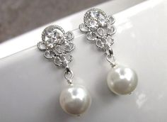 Bridal earrings. Must wear pearls