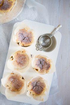 : Indian Cardamom Mava Cakes | Sweet&Delicious | Pinterest | Cakes ...