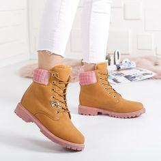 Bocanci Crasis camel cu roz imblaniti Timberland Boots, Casual, Shoes, Fashion, Moda, Zapatos, Shoes Outlet, Fashion Styles, Fasion