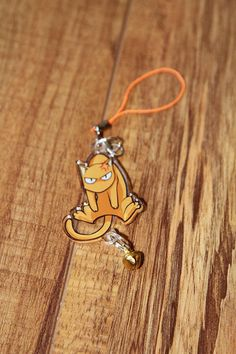 Fruits Basket Quotes, Fruits Basket Kyo, Acrylic Keychains, Acrylic Charms, Castlevania Wallpaper, Cat Keychain, Anime Crafts, Anime Merchandise, Pin And Patches