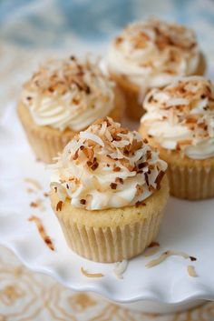 Toasted Coconut Cupcakes #cupcakes #cupcakeideas #cupcakerecipes #food #yummy #sweet #delicious #cupcake