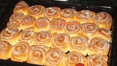 Beste Kuchen: Cinnamon Rolls with Cream Cheese Frosting Cinnamon Butter, Cinnamon Rolls, Frosting Recipes, Cake Recipes, Diabetic Recipes, Cooking Recipes, Sweet And Sour Cabbage, Czech Recipes, Sweet Cookies