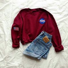 Trendy outfit, loving the NASA Look Fashion, Teen Fashion, Fashion Outfits, Womens Fashion, Lolita Fashion, Fashion Boots, Sweatshirt Outfit, Mode Outfits, Casual Outfits