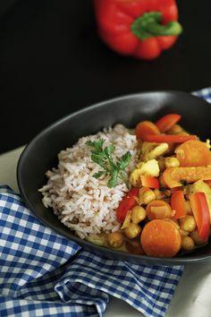 Kokos Curry mit Kichererbsen </br>(veggie oder mit Fleisch)