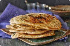Comida Hindu: Cómo cocinar pan Naan de la India http://comida-hindu.blogspot.com/2014/06/como-cocinar-pan-naan-de-la-india.html