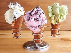 7 Kaimukī Sweet Spots to Satisfy Your Sweet Cravings - Honolulu Magazine - April 2015 - Hawaii