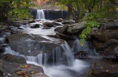 Falling Water Falls - Beautiful waterfall in the Ozark National Forest, Arkansas