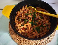 One-Pot-Pasta mit Hähnchen & Tomate