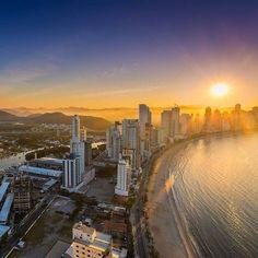 Pôr do sol lindo visto de cima  #sun #beach #bc