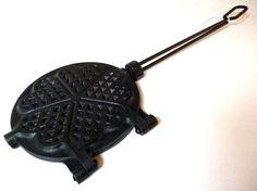 French Waffle Iron, Antique Cast Iron Waffle Iron, Cast Iron Waffle Maker, Gaufrier Ancien, Waffle Mold, French Antique