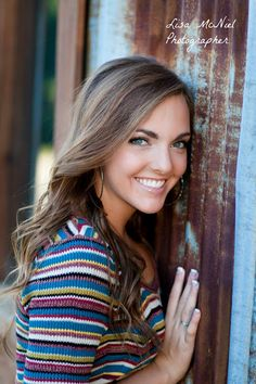 click the pic for tons of ideas ways to show personality in senior pictures photography inspiration North Texas Photographer Dallas Lisa McNiel Fall Senior Pictures, Senior Photos Girls, Senior Girls, Vintage Senior Pictures, Graduation Picture Ideas For Girls, Grad Pics, Cheer Pictures, Senior Photography, Portrait Photography