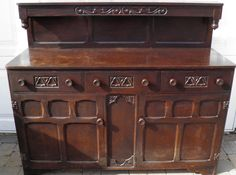 OLD CHARM STYLE OAK VINTAGE SIDEBOARD CUPBOARD 3 DRAWERS SHABBY CHIC PROJECT