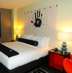 ACME Hotel was listed as one of the Top 27 Favorite Hotels in Chicago by Midwest Living