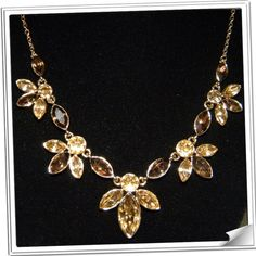Dot's Gems Jewelry - Amber Flower Necklace
