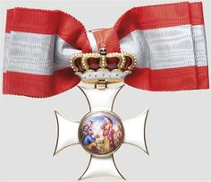 BAVARIA - Order of St. Elizabeth - a cross for the ladies of the order in Hemmerle manufacture, circa 1900