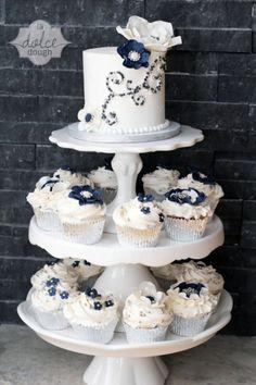 29 Gorgeous Navy And Silver With A Sparkle Wedding Ideas | Weddingomania