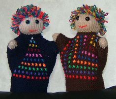 Two more puppets with mathematical fronts! They demonstrate Triangular Numbers and Square Numbers. Triangular Numbers, Glove Puppets, Counting, Gloves, Thoughts, Friends, Pattern, Amigos, Patterns