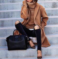 fashionn-enthusiast Coat» Turtleneck Sweater » Ripped Jeans » Source: goo.gl