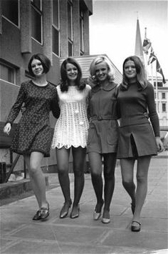 A BEATLES' HARD-DIE'S SITE: Beatles' Era - The Miniskirt