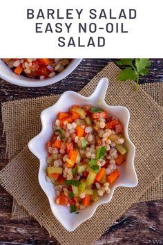 A refreshing, light, & a filling Indian kachumber salad with barley! This barley salad with mixed veggies is a non-greasy salad with simple lemon dressing. #barleysalad #indiankachumbersaladwithbarley #easybarleysalad #nongreasysalads