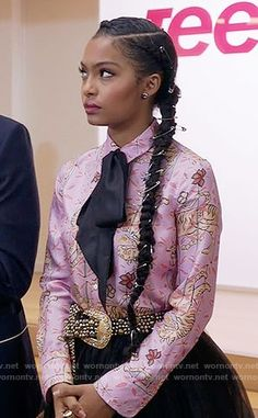 Zoey's pink tiger print shirt on Black-ish Black Girls Hairstyles, Braided Hairstyles, Natural Afro Hairstyles, Funky Hairstyles, Men's Hairstyles, Braided Ponytail, Formal Hairstyles, Hairstyle Ideas, Bob Hairstyle