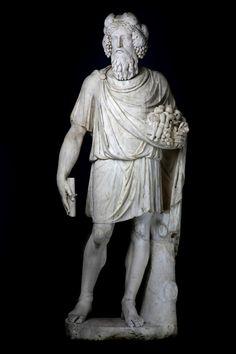 Colossal statue of a Sylvanus. Roman, Ist century AD. Greek marble. H: 184,3 cm.