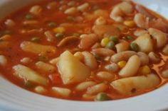 Today started all spring-like at 8 degrees above zero F) and raining, but as the day wore on rain turned to snow and the temperature san. White Bean Soup, White Beans, Soup Recipes, Vegetarian Recipes, Vegan Meals, Vegan Food, Soups And Stews, Cheeseburger Chowder, Main Dishes