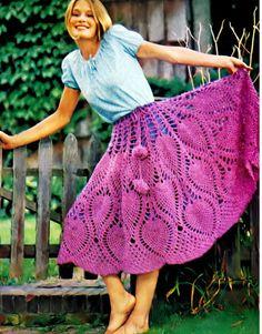 Patron pdf de tejido en crochet falda poncho crochet retro 70s