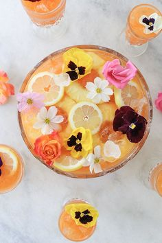 PINEAPPLE AND CARROT GIN PUNCH / Punch recipes / cocktails for a crowd / summer cocktails