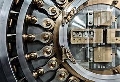 Chicago Board Of Trade, Vault Door | James Howe Photography
