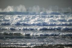 Waves by Roger Onslow | WritersCafe.org | The Online Writing Community