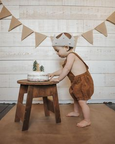 Baby Boy 1st Birthday Party, First Birthday Parties, Birthday Party Themes, First Birthdays, Birthday Gifts, Girls Crown, Birthday Pictures, Birthday Decorations, Crown Headband