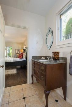 Sweet En Suite - Joel Madden and Nicole Richie list their Laurel Canyon Estate - Photos