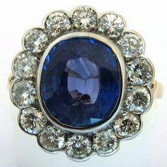 Bague saphir diamants 1148 #ring #bague #vintage http://www.bijoux-bijouterie.com/
