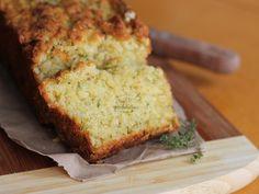 Um pão saboroso, com casquinha crocante e ingrediente nada convencional: abobrinha! Faça essa receita incrível ainda hoje!