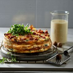 This spinach, feta and bacon cake is delicious with a green salad.