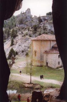 Ermita de San Bartolomé en el Cañón del Río Lobos