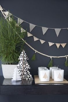 Add a touch of magic to your home and table setting this year, with this truly perfect Scandi Christmas table setting by All the Frills! Scandinavian Christmas Decorations, Modern Christmas Decor, Nordic Christmas, Christmas Mood, Noel Christmas, Xmas Decorations, Christmas Crafts, Xmas Holidays, Contemporary Christmas Decorations
