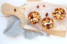 Appeltaart als ontbijt?! Dat kan! Met deze havermout appeltaartjes eet je in de ochtend op een gezonde manier een appeltaartje. Slechts 5 ingrediënten