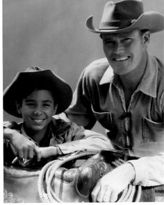 """johnny crawford, chuck connors - """"the rifleman"""""""