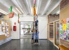 Gallery of Refurbishment Of 906 School In Sabadell / H Arquitectes - 11
