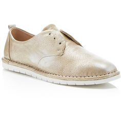 Dolce Vita Xabi Metallic Oxford Sneakers (105 CAD) ❤ liked on Polyvore featuring shoes, sneakers, silver, oxford shoes, metallic oxfords, polish leather shoes, metallic leather shoes and leather oxfords