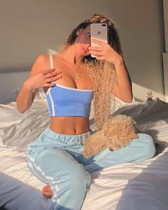Being a sleepy girl with a busy life is hard 😴 today I amma rest up with my lil boy 🐶 lounge wear from . PS: a lot of… Chill Outfits, Mode Outfits, Casual Outfits, Party Outfit Casual, Ibiza Outfits, Casual Hair, Bar Outfits, Vegas Outfits, Bikini Outfits