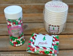 Happy Tuesday, I am so excited to share this Christmas Sundae kit with you. It is a great semi-homemade gift and one that everyone is sure to love. I was so excited when one of my favorite candy companies, SweetWorks, sent me some candy samples last month. I have been looking for some gifts to give to other families for Christmas and had seen different