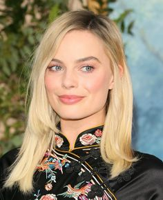 Margot Robbie – 'The Legend of Tarzan' Premiere at The Dolby Theatre in Hollywood Margot Robbie, Hollywood Celebrities, In Hollywood, Richard Curtis, Latest Movie Trailers, Martin Scorsese, Drama Film, Independent Films, Tarzan