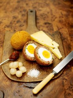 proper scotch eggs with lovely scottish cheese & pickle - Jamie Oliver (UK) Scottish Cheese, Egg Recipes, Cooking Recipes, Olive Recipes, Snacks Recipes, Pork Recipes, Scotch Eggs Recipe, Picnic Foods, Picnic Recipes