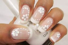 Modelo de unhas decoradas usando flores e francesinha tutorial de uñas deco Frensh Nails, Nail Manicure, Hair And Nails, Nude Nails, Acrylic Nails, Bridal Nails, Wedding Nails, Impress Nails, French Tip Nails