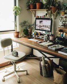#deskgoals #desksetup Get Back To Work, Desk Setup, Travelers Notebook, Office Desk, Corner Desk, Studio, Furniture, Instagram, Home Decor
